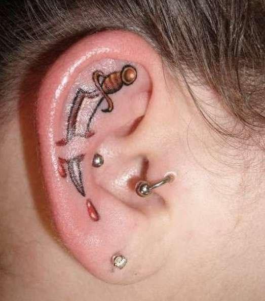 татуировки на ушах (2)