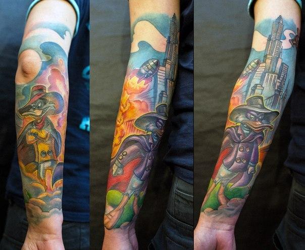 черный плащ татуировка мультфильмы