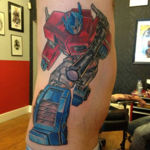 Татуировка трансформер Оптимус Прайм