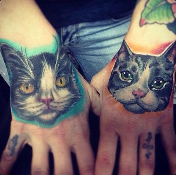 кот руки татуировки