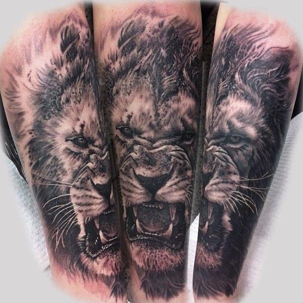 татуровка льва