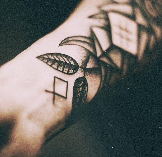 дотворк татуировки (3)