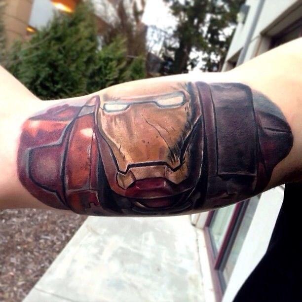 Железный человек (Iron man) на руке