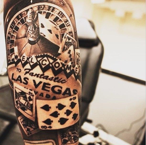фото татуировки рулетки из казино Лас-Вегаса