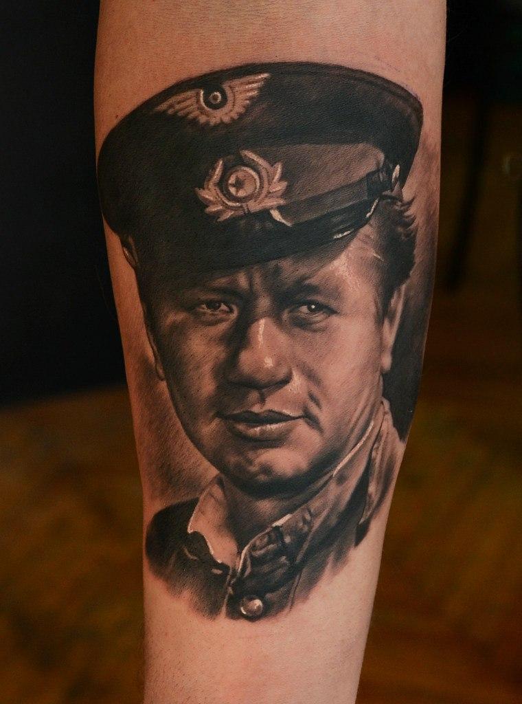 фото татуировки Леонид Фёдорович Быков