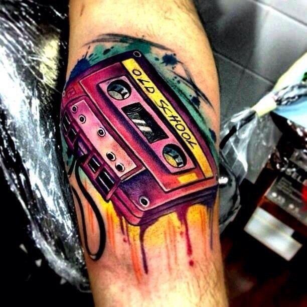 фото тату аудио кассета